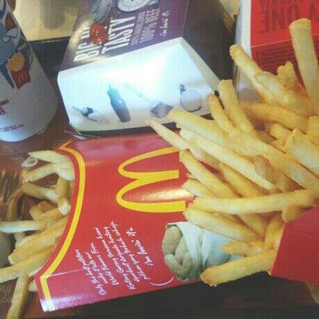 Photo taken at McDonald's by Mairasharapova on 10/5/2015