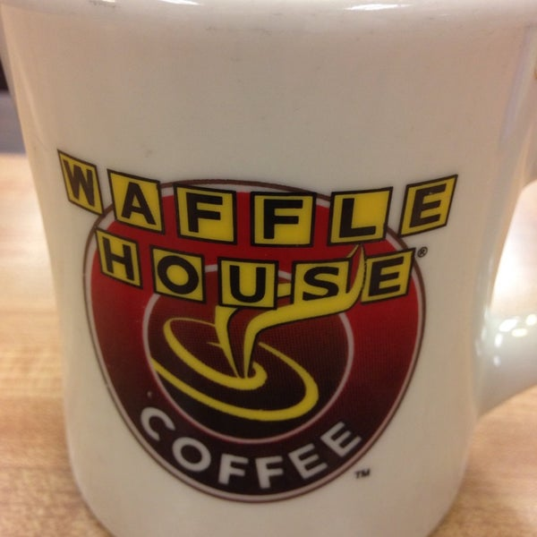 Photo taken at Waffle House by Michael C. on 7/4/2013