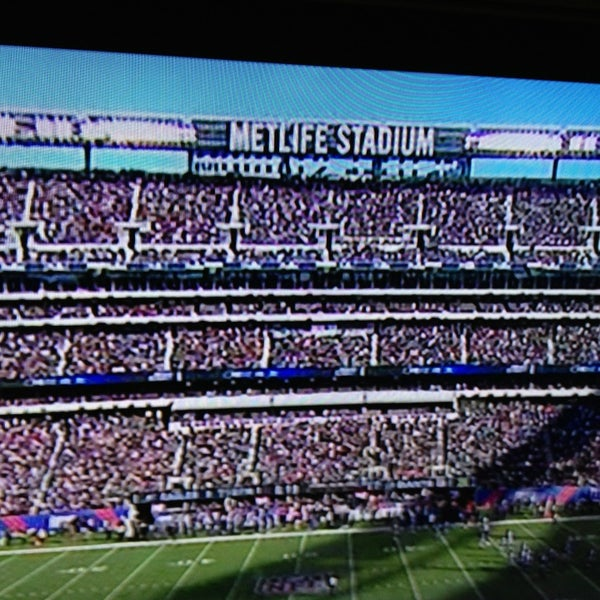 Photo taken at MetLife Stadium by KJ on 12/30/2012