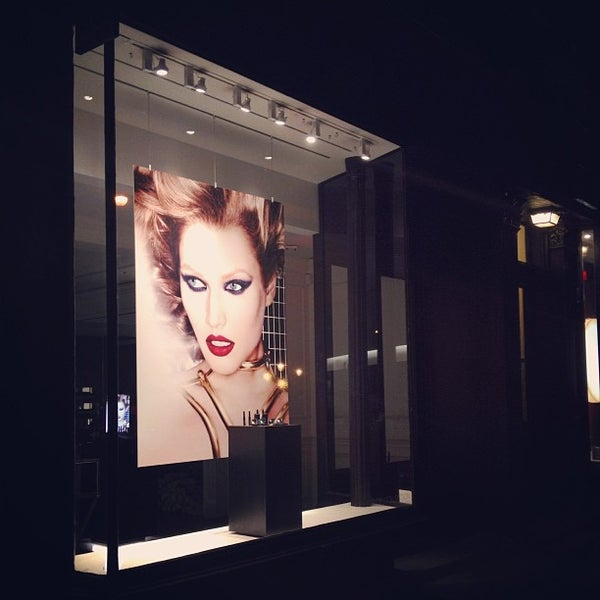 Photo taken at NARS 413 Bleecker by Eloise L. on 8/28/2013