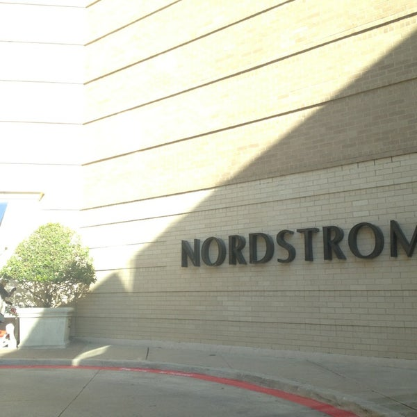 Photo taken at Nordstrom by Dion H. on 1/16/2013
