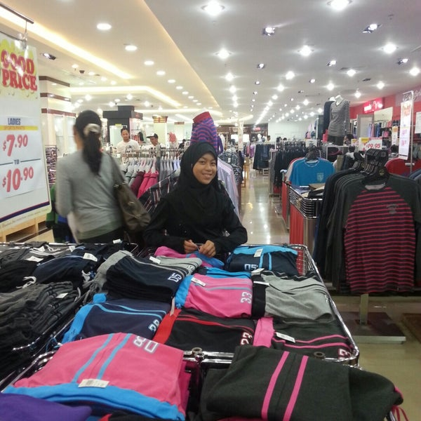 Photo taken at Hua Ho Mall Manggis by Ashley C. on 10/28/2014
