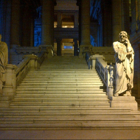 Photo taken at Justitiepaleis / Palais de Justice by eLeNeii on 1/18/2013