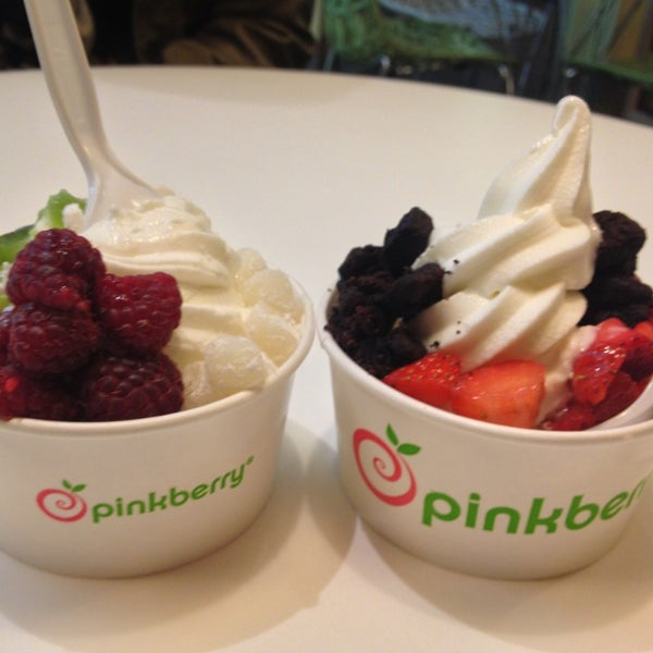 Photo taken at Pinkberry by Ana S. on 1/2/2013