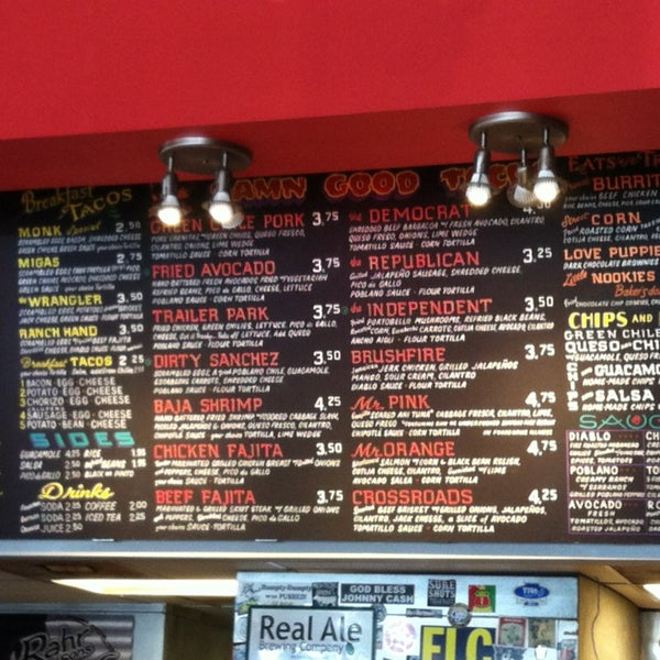 Photo taken at Torchy's Tacos by Mary M. on 7/5/2013