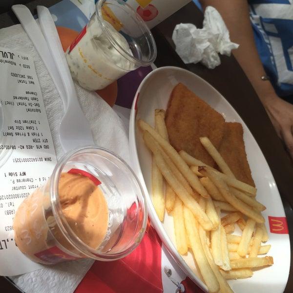 Photo taken at McDonald's by Nann C. on 5/8/2016