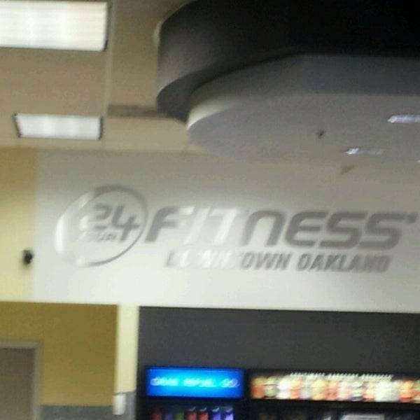 Photo taken at 24 Hour Fitness by EastBayLoop K. on 4/9/2013