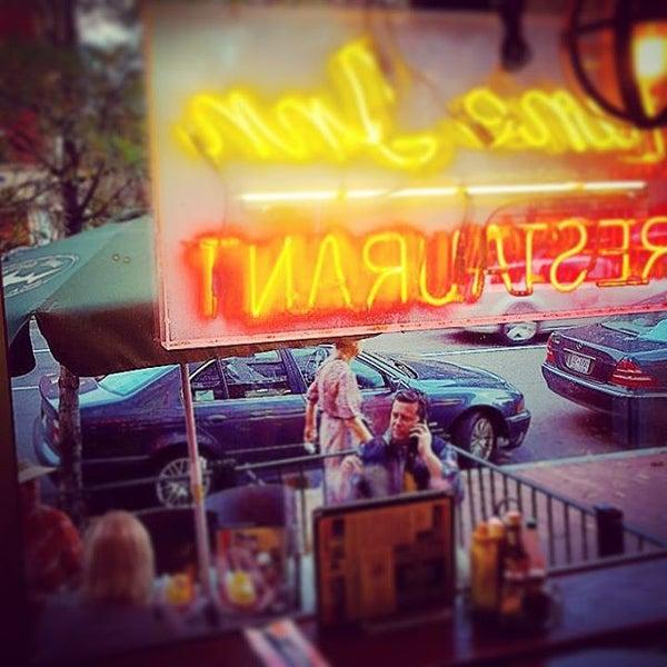 Photo taken at Tune Inn Restaurant & Bar by Chris A. on 11/6/2015
