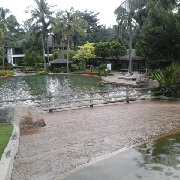 Photo taken at Cyberview Lodge Resort & Spa by fiqa a. on 12/4/2013