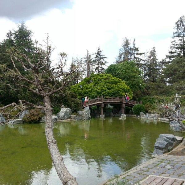 Photo taken at Japanese Friendship Garden by Hayz on 5/5/2013