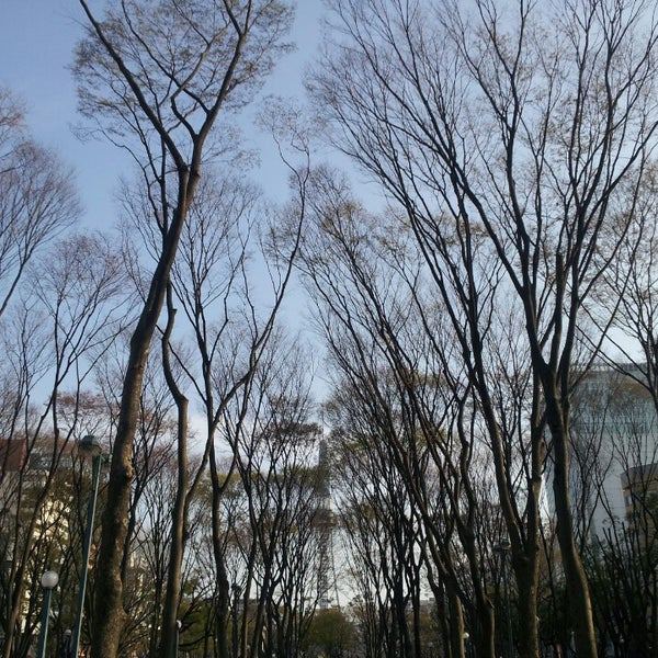 Photo taken at 久屋大通公園 リバーパーク by nonno on 4/1/2014