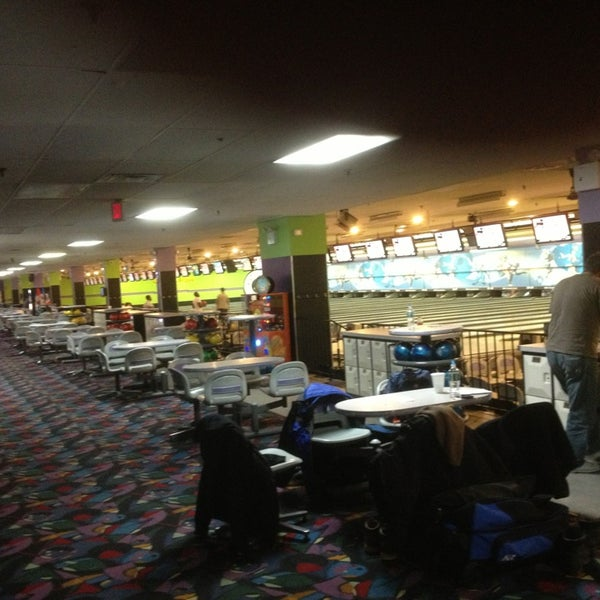 Rabs Bowling Alley In Staten Island