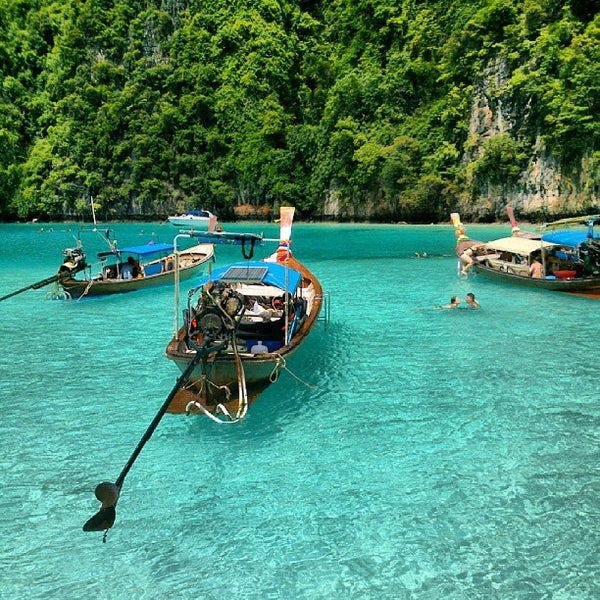 Photo taken at Phi Phi Island by Edgar O. on 8/25/2013