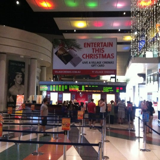 Photo taken at Westfield Southland by Lynn A. on 12/25/2012