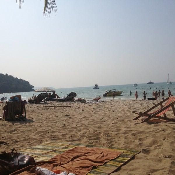 Photo taken at Sai Keaw Beach by Наталья С. on 1/20/2013
