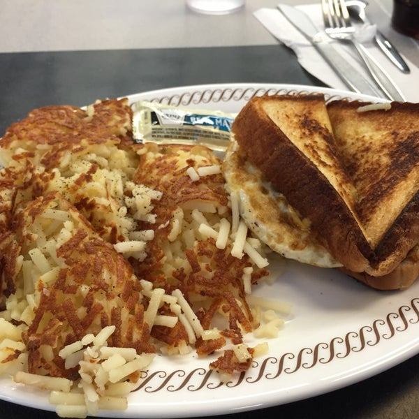 Photo taken at Waffle House by TJ on 10/30/2014