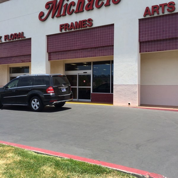 Michaels arts crafts store in encinitas for Michaels arts and crafts san diego