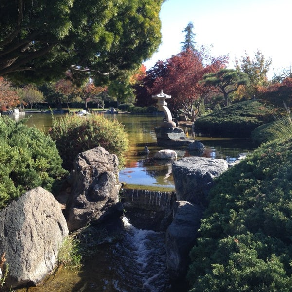 Photo taken at Japanese Friendship Garden by Maxim Y. on 11/24/2013