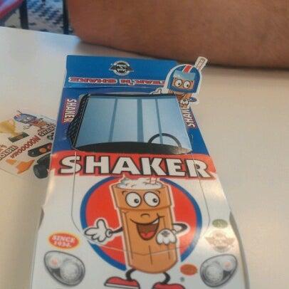 Photo taken at Steak 'n Shake by Aimee B. on 12/26/2012