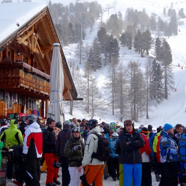 Great Après Ski in the mountain. If you drink too much take the lift to the Gondola download. It's a long way to ski down from here.