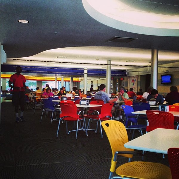 Photo taken at Selleck Dining Hall by Anna J. on 7/18/2013