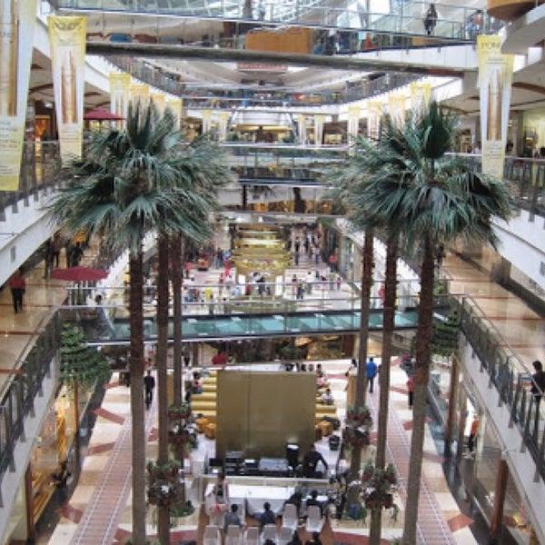 Photo taken at Pondok Indah Mall 2 by Irvan e. on 8/8/2015
