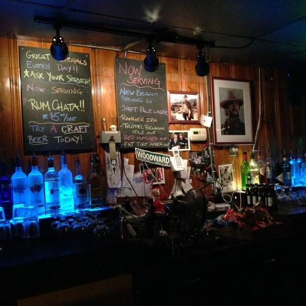 Ye olde saloon bar in royal oak for 6 salon royal oak