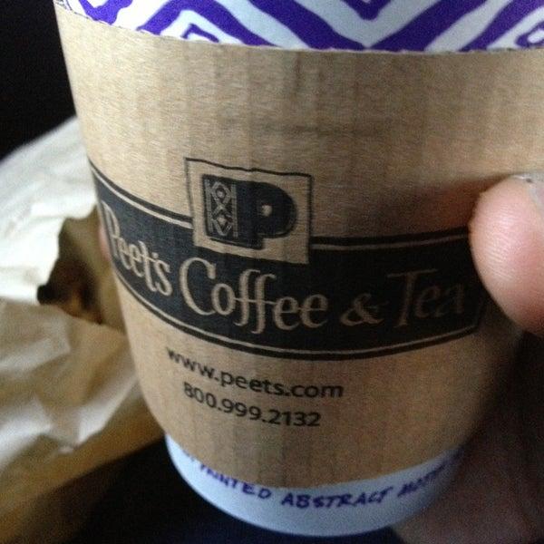 Photo taken at Peet's Coffee & Tea by Rolandito L. on 12/5/2013