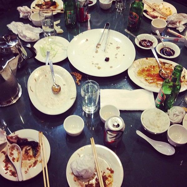 Photo taken at Joe's Ginger 锦江饭店 by Graeme F. on 11/19/2012