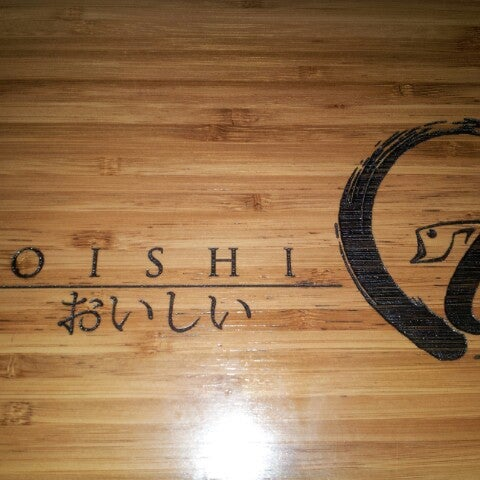 Photo taken at Oishi Sushi by Akoko R. on 6/13/2014
