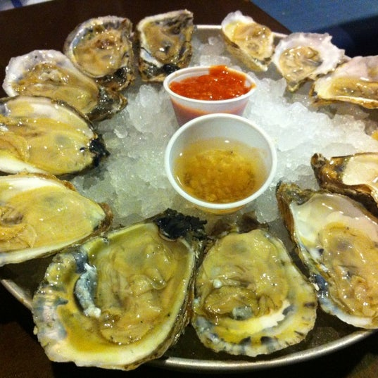 Harry's Oyster Bar & Seafood - 1900 Pacific Ave