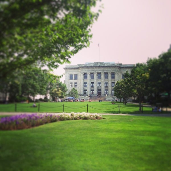 Photo taken at Harvard Medical School Quadrangle by Steve G. on 6/25/2013
