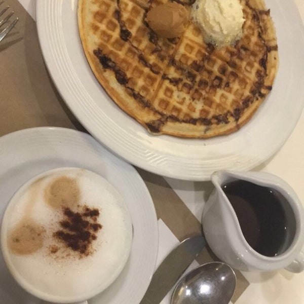Photo taken at Pancake House by Tin C. on 9/12/2016