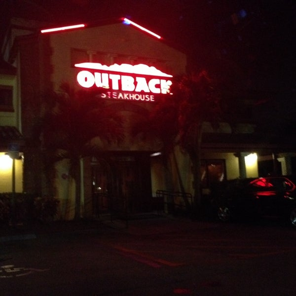 Photo taken at Outback Steakhouse by SooFab on 1/27/2014