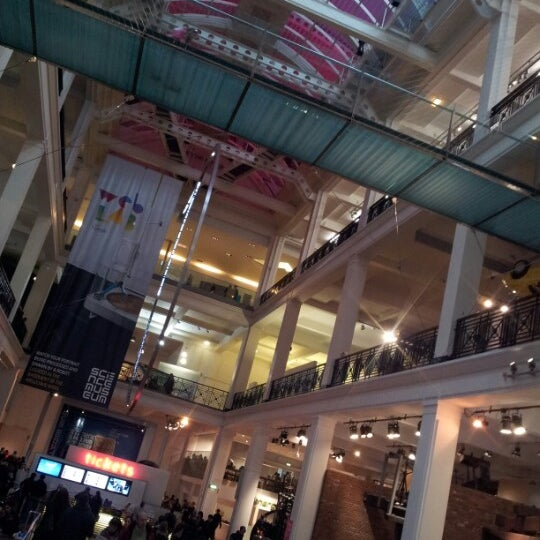 Photo taken at Science Museum by Borja on 11/10/2012