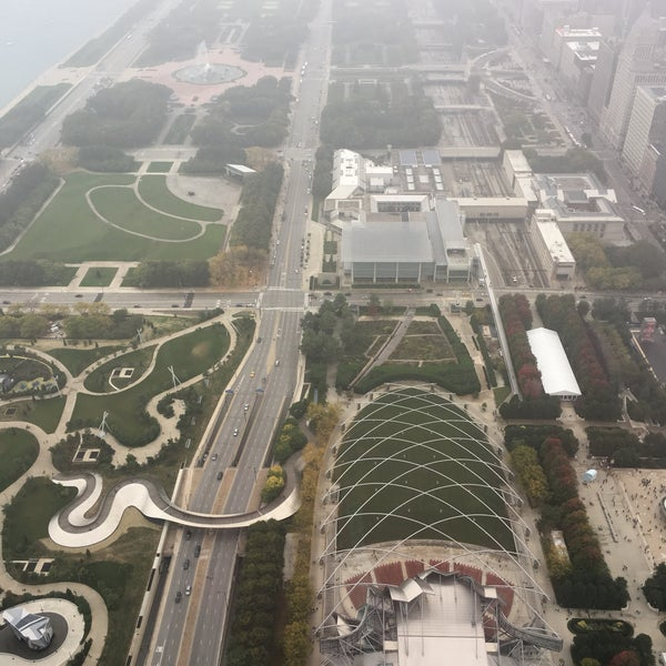 Photo taken at Aon Center by Zig on 10/15/2016