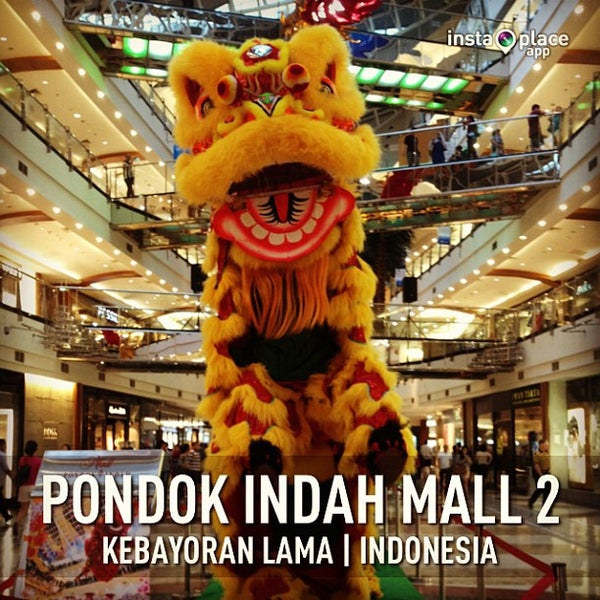 Photo taken at Pondok Indah Mall 2 by Siska Triana on 2/9/2013