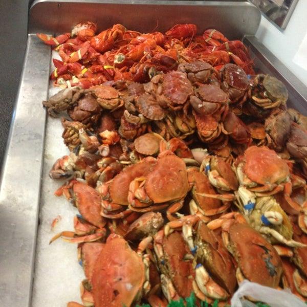San pedro fish market and restaurant san pedro ca for Fish market los angeles