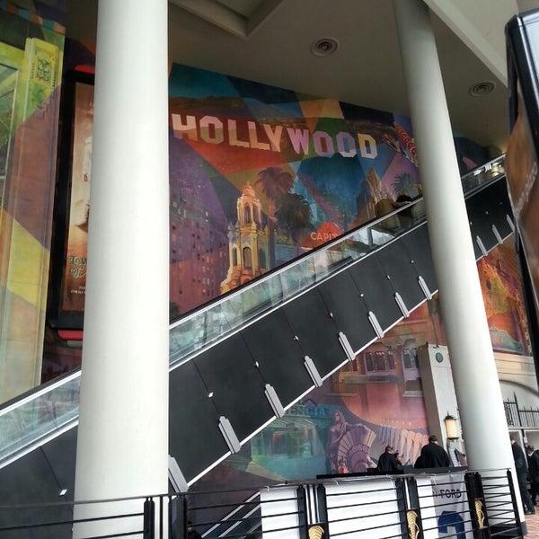 Снимок сделан в AMC Loews Lincoln Square 13 пользователем Alexander T. 3/24/2013