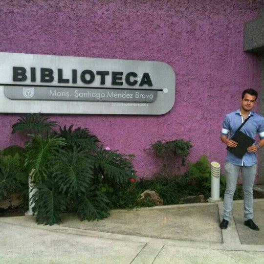 Photo taken at Universidad del Valle de Atemajac (UNIVA) by Mariano C. on 1/8/2013