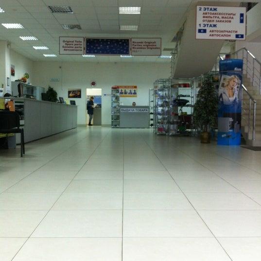 Снимок сделан в ПихтинАвто пользователем Николай В. 12/7/2012