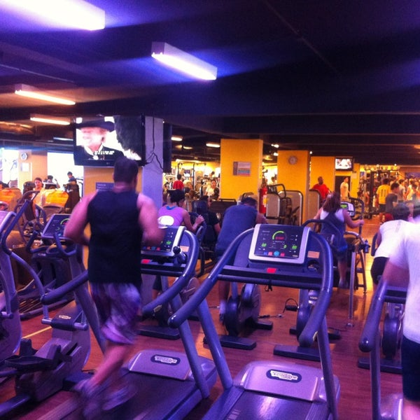 Photo taken at Academia Smart Fit by Fernando M. on 4/1/2013