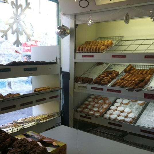 Photo taken at Peter Pan Donut & Pastry Shop by Ruth G. on 12/13/2012