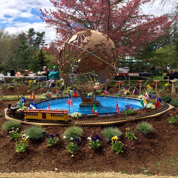 Photo taken at Planting Fields Arboretum by Joan L. on 4/26/2015