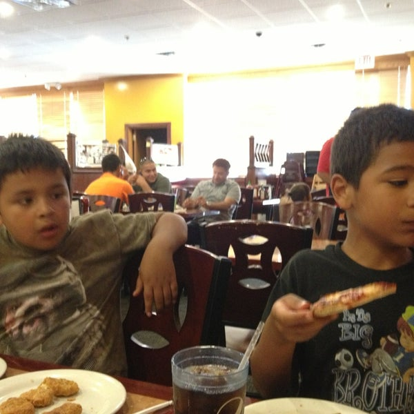 Photo taken at Hibachi Grill & Supreme Buffet by Irma G. on 6/18/2013