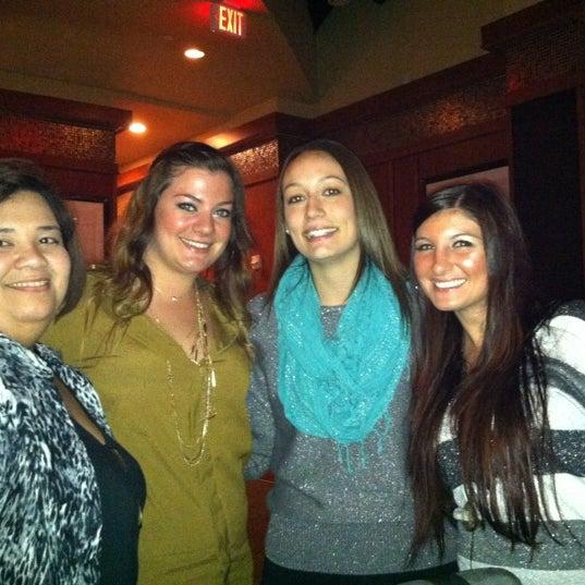 Photo taken at Bar Louie Mohegan Sun by Karen D. on 11/4/2012