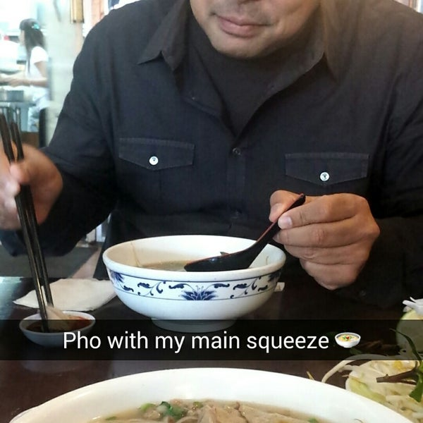 Photo taken at Pho Bac by Sandie E. on 11/11/2014
