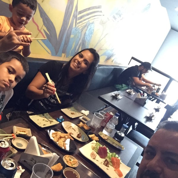 Photo taken at Joy Sushi by Marcello R. on 11/20/2015