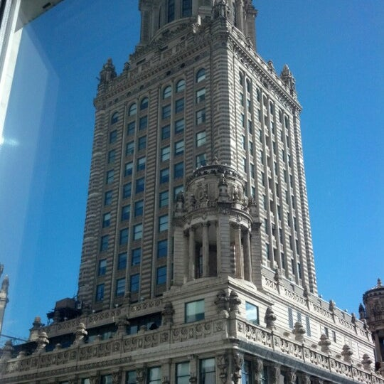 Photo taken at theWit Chicago - A DoubleTree by Hilton Hotel by Jesse G. on 10/6/2012
