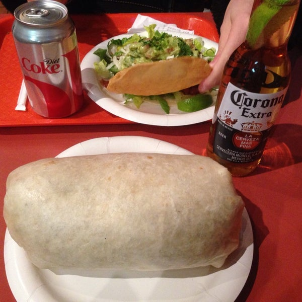 Photo taken at Buddy's Burrito & Taco Bar by Steven B. on 1/20/2014